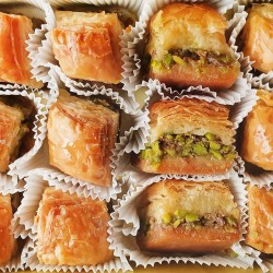 Turkish sweets, Turkish Baklava, Long-Lasting Dry Baklava with Pistachio 855 gr